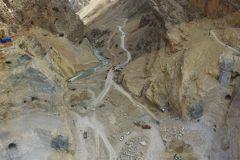 حفاری تكیهگاههای جناحین سد كوهرنگ3