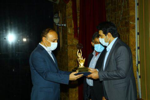شرکت سیمان فارس نو به عنوان « واحد نمونه صنعتی استان فارس »انتخاب شد